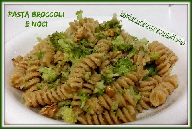 Pasta con broccoli noci