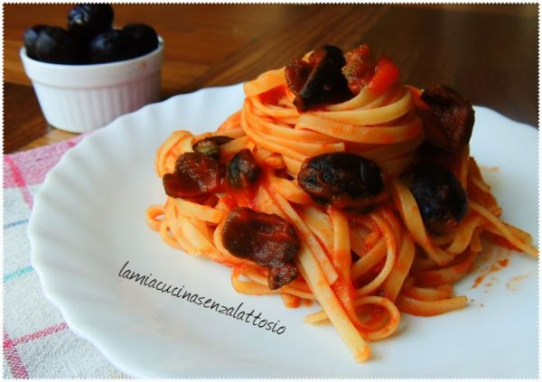 spaghetti olive e capperi