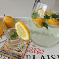 Acqua aromatizzata menta, sambuco e limone
