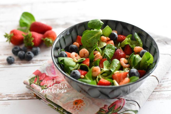 insalata fragole e gamberetti