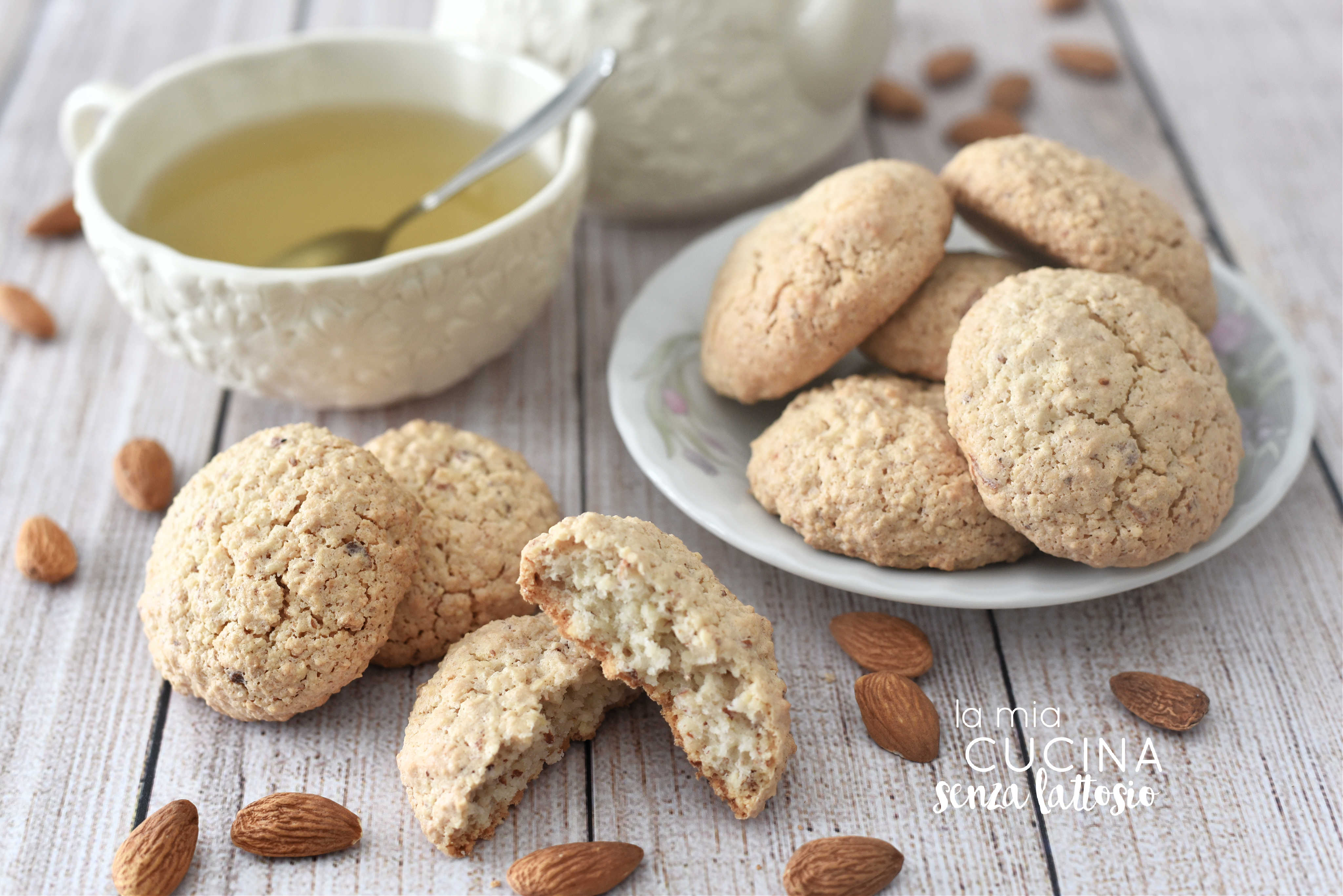 biscotti alle mandorle senza lattosio